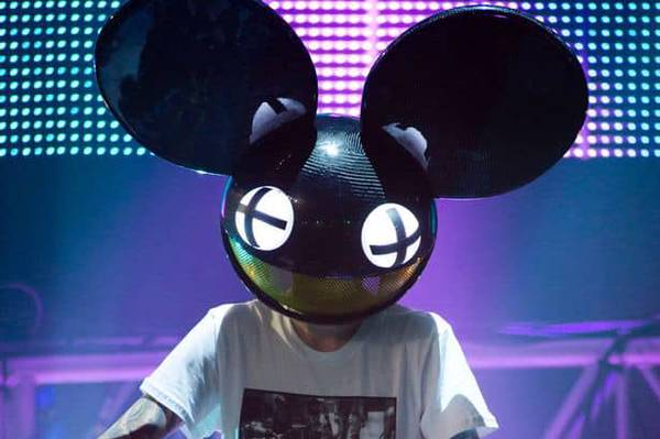Electric Ghosts 'n' stuff: DEADMAU5 night